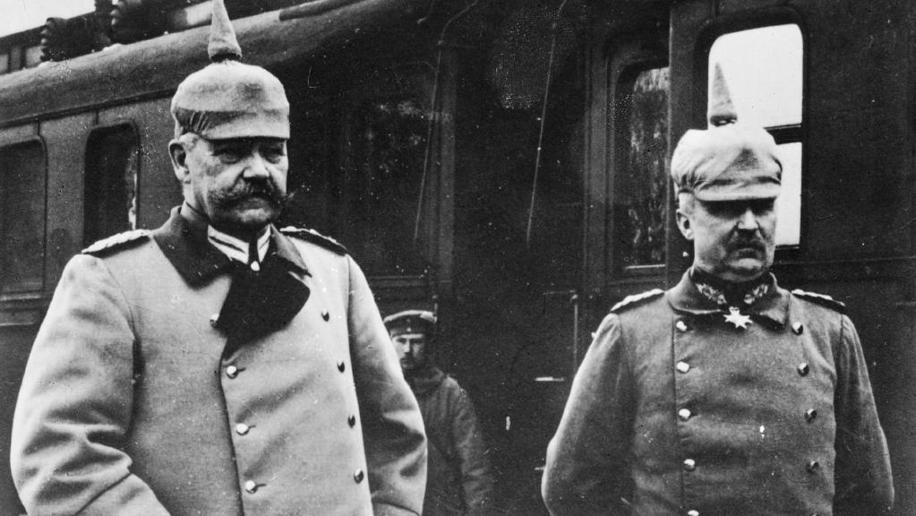 Hindenburg and Ludendorff.jpg